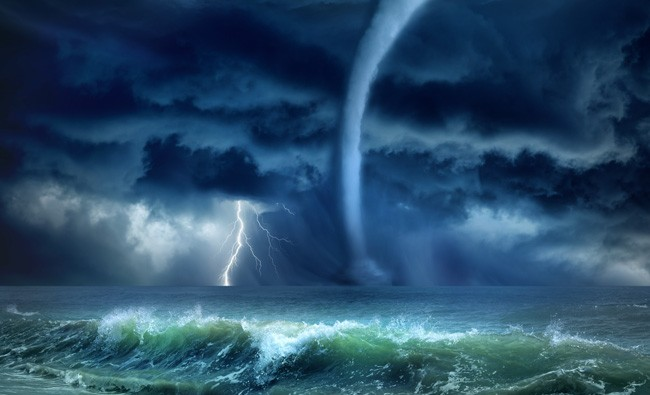Symbolic Meaning of Storms, Rain and Folk Predictions