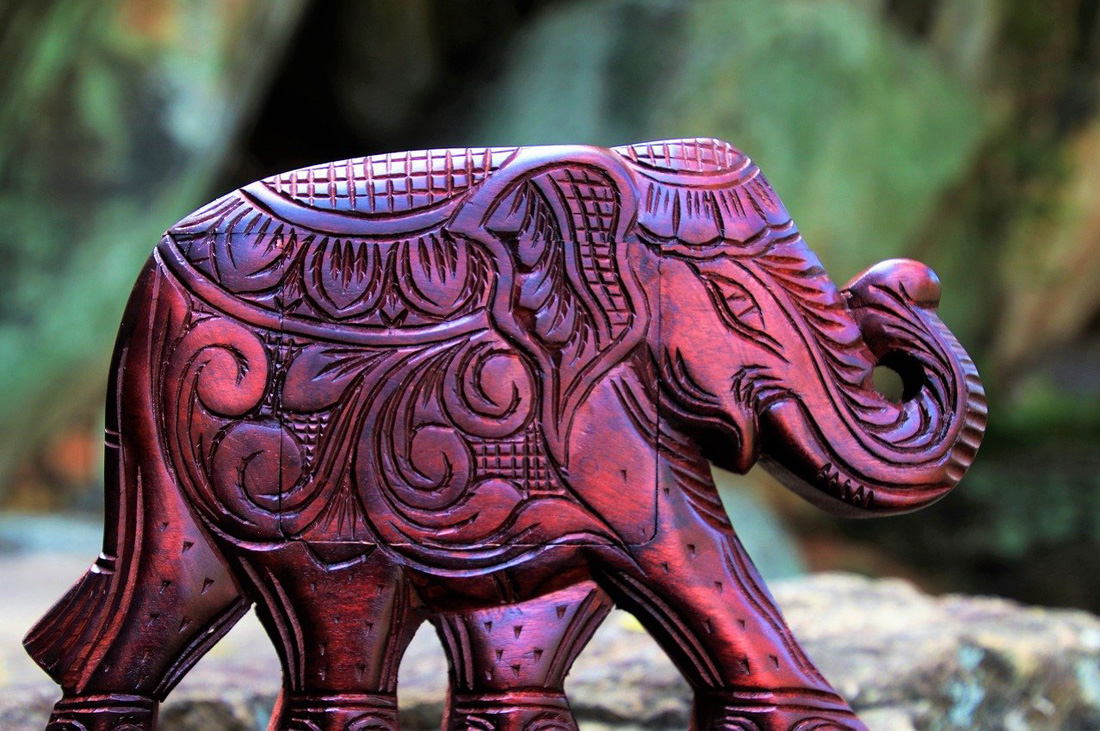 Elephant Trunk Up or Down: Elephant Statue Placement and Direction